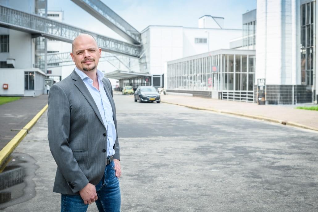 Anton Bubberman bij de Van Nelle Fabriek